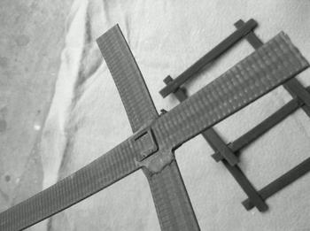 高强凸结点钢塑土工格栅.jpg